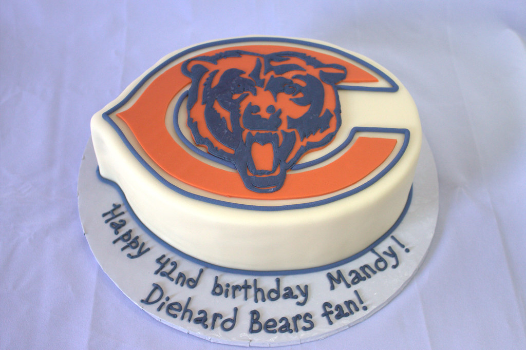Brilliant Chicago Bears Birthday Cake Sara Mayes Flickr Funny Birthday Cards Online Fluifree Goldxyz