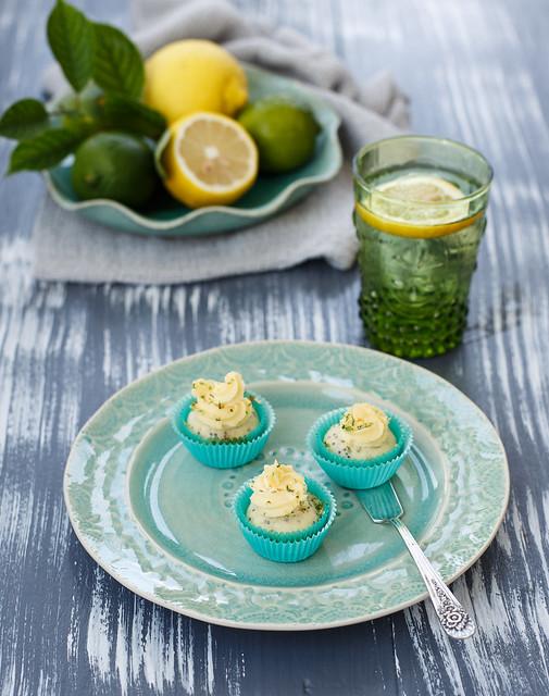 Lime mini cupcakes