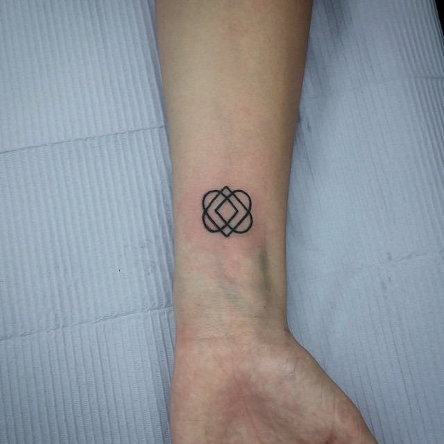Four Hearts One Line Tattoo Ian Efrom Flickr