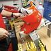 Bootfitter si skelet boty pro snadnější práci upne do speciální stolice., foto: Ski a Bike Centrum Radotín