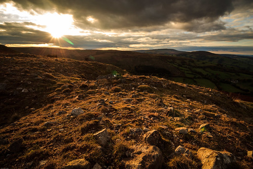 wales sun landscape sunset crick crickhowell nationalpark powys silhouette tree trees breconbeacons llangynidr mountain unitedkingdom gb