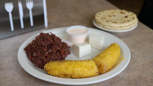 Plantain Breakfast Desayuno El Salvadoreño Restaurant in Des Moines, Iowa