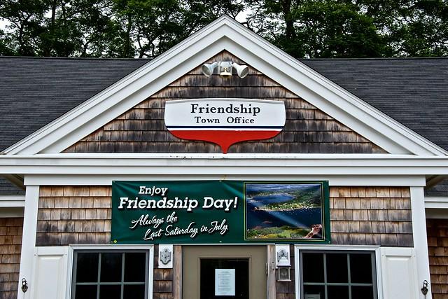 2013-07-10 ME 135 Friendship - Town Office - Enjoy Friendship Day