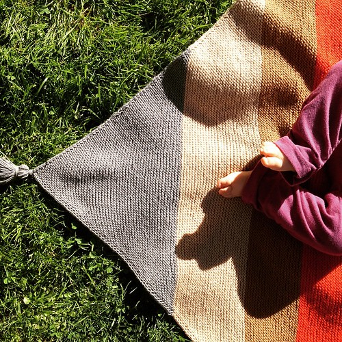 Baby #blanket: finished! The weather is now too hot for a woolen blanket, but there's always next winter (and many more, I hope). Soon to be on the blog (or in your mailbox, if you signed up for email updates). #knitting | by Ana Isabel Ramos