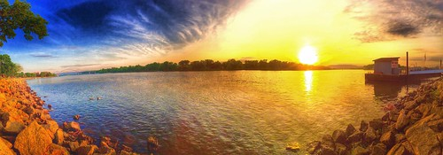 sunset panorama water river outdoor dusk mississippiriver iphone lacrossewisconsin iphonography iphone6