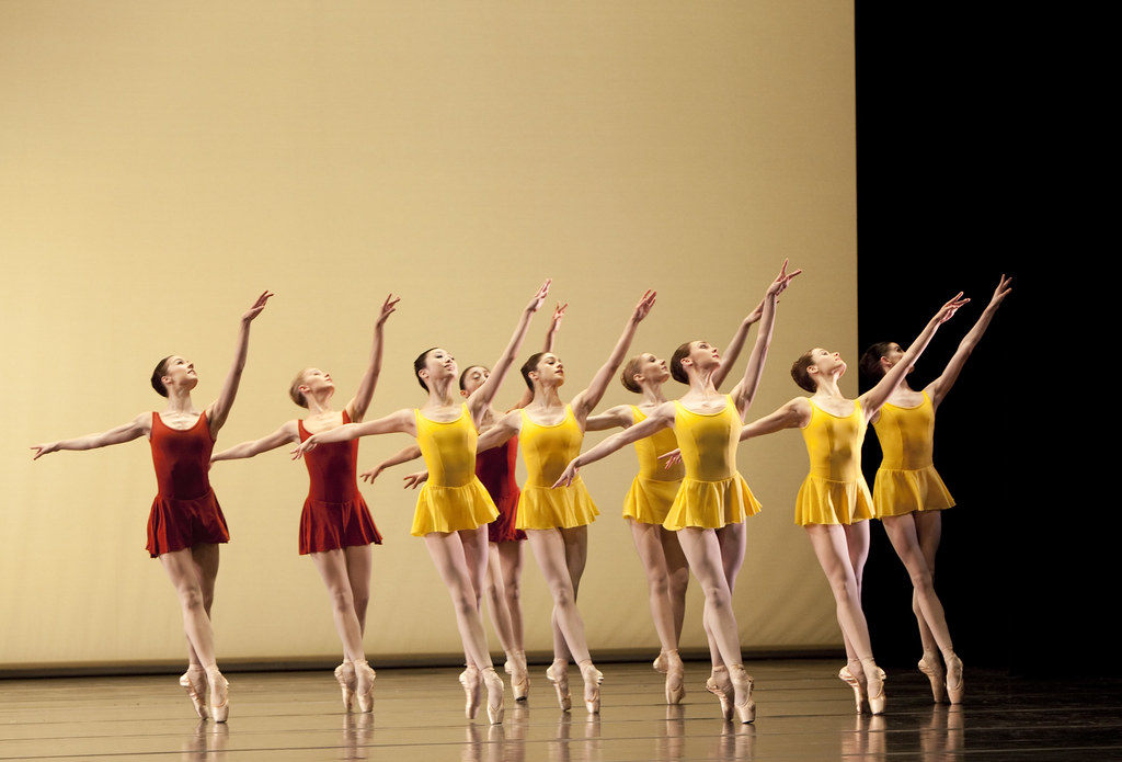 Artists of The Royal Ballet in Concerto © Johan Persson/ROH 2010