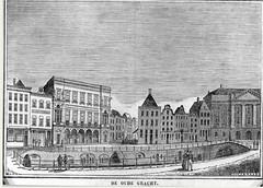 <p>Gezicht op de Oudegracht te Utrecht uit het zuidwesten met links de Bezembrug; aan de overzijde van de gracht links de Winkel van Sinkel en rechts de huizen aan de Stadhuisbrug met het stadhuis. Tollenaar (graficus), 1840-1850. Coll. Het Utrechts Archief.</p>