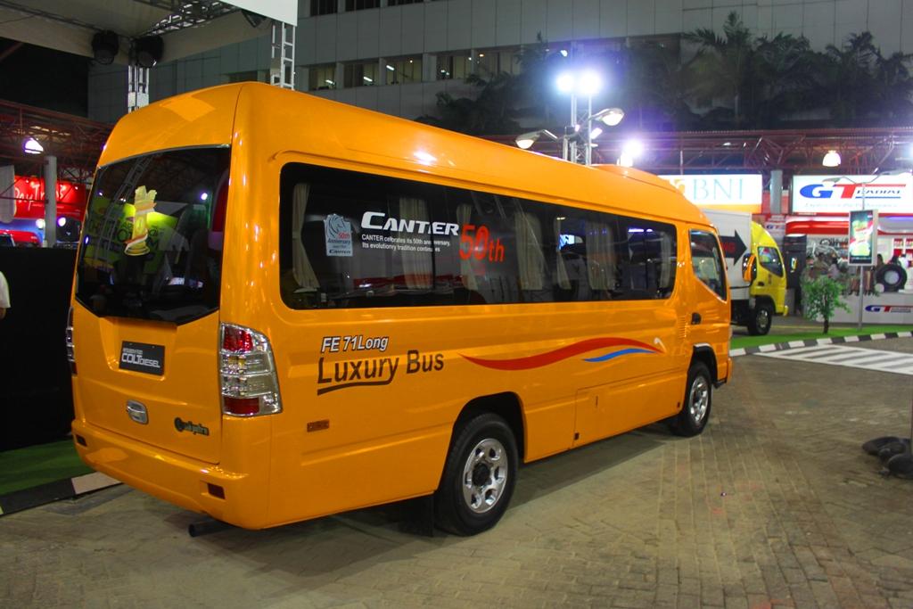 Mitsubishi Canter Jetbus Mc Long Chassis Ekha Surya Flickr