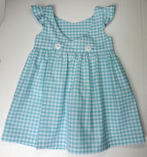 Little girls gingham dress in a size 3