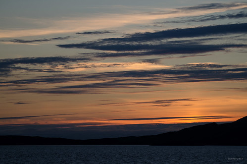 clouds coastline hurtigruten insel island kã¼stenlinie lurã¸ya nordland norway onã¸ya sonnenuntergang spitzbergentravel sunset vestlandclassic wolken norwegen no