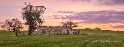 southaustralia sunset sandycreek australia green barossavalley barossa ruin rural panorama sony a77ii