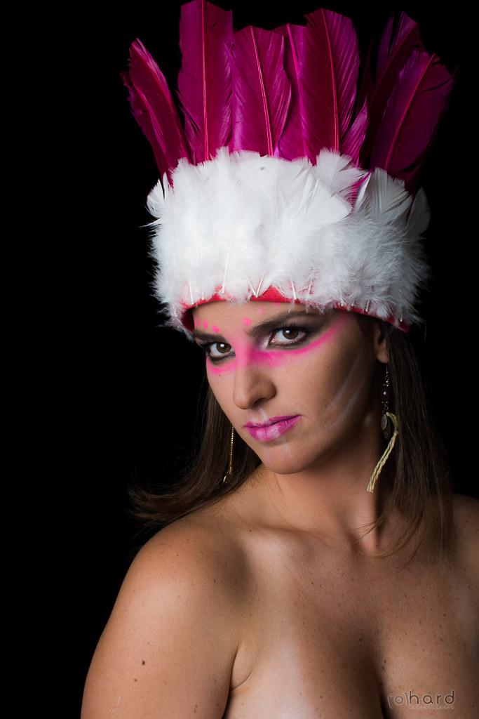 Os Terenas vivem atualmente no Mato Grosso do Sul, é estimado uma população de mais de 2 mil Terenas vivendo em Campo Grande. A tribo migrou para o centro oeste do país por volta de 1700, a origem da tribo é paraguaia.  #hardphotography #mulheresdepindora