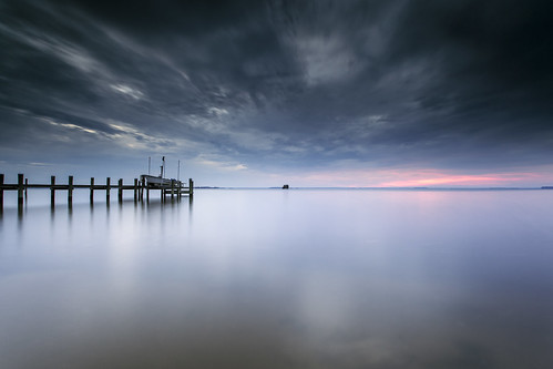 longexposure morning motion clouds sunrise dawn pier boat meetup maryland dry filters cloudporn chesapeakebay waterscape firstlight wetfeet inthewater neutraldensity lee09gnd romancoke singhrayrgnd sorrypete leefoundation