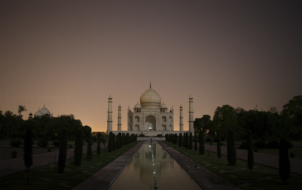 Night view of Taj Mahal