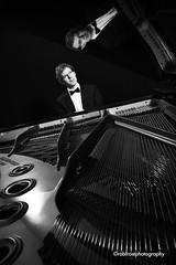Piano black and white 1