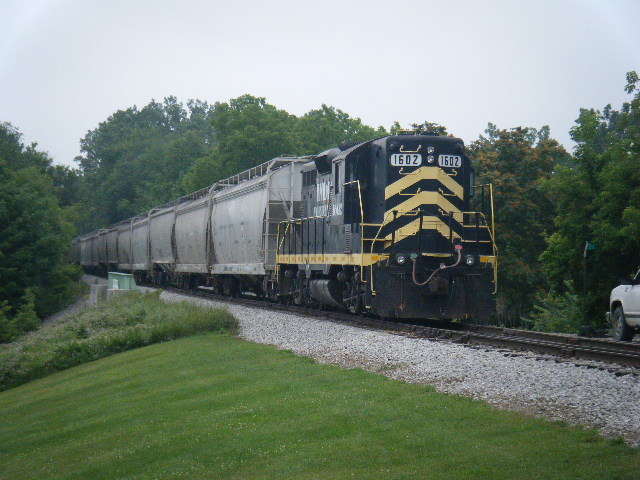 INER 1602 pulling into South Milford