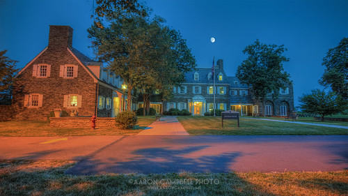 summer moon building architecture campus evening pennsylvania july luna lehman bluehour friday grounds hdr 19th edr luzernecounty backmountain 2013 hayfieldhouse psuwb pennstatewilkesbarre