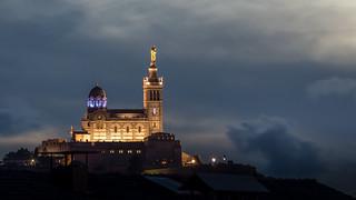 Notre Dame de la Garde au crépuscule   by Bernard Ddd