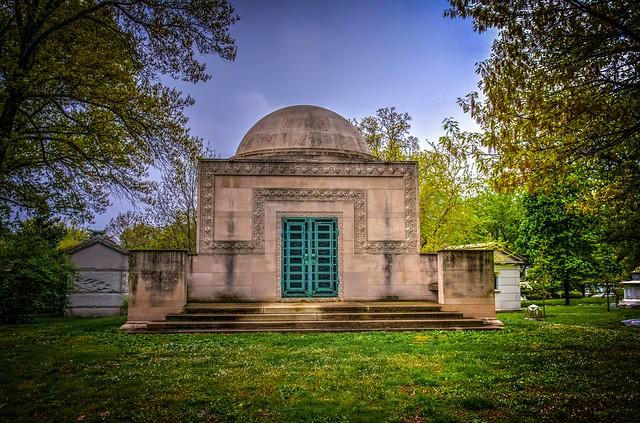 Wainwright Tomb