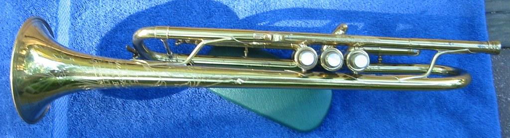 Buescher Mod  215 Custom Built Trumpet | Note the braces bet