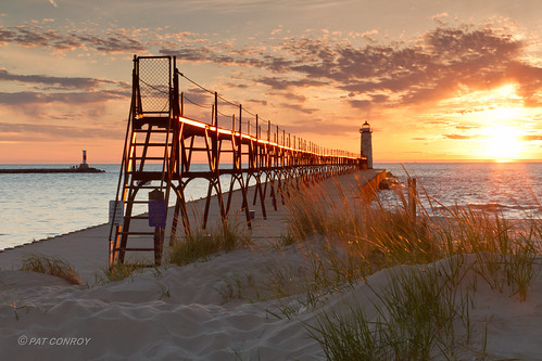 sunset lighthouse water canon landscape outdoors pier michigan lakemichigan greatlakes channel manistee westmichigan manisteemi canonef24105mmf4lisusm canoneos7d