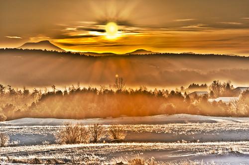 burlington sunrise vermont south camels hdr vt hump sunbeams