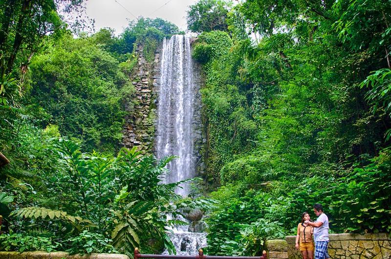 Singapore Waterfalls