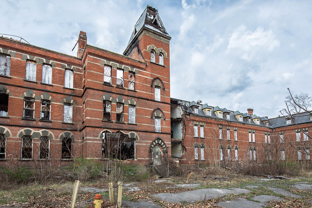 Hudson River State Hospital - Poughkeepsie, NY - 2012, Mar - 29.jpg