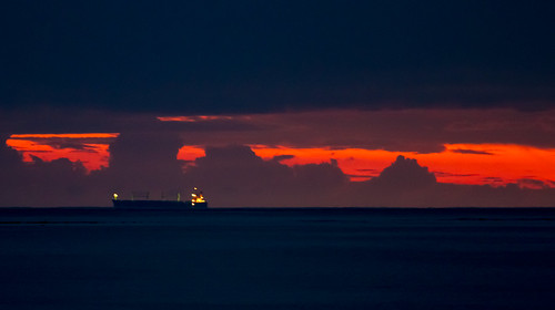 camera morning red sky cloud slr clouds digital canon lens ship 4 jamaica 7d dslr falmouth 70200 freighter caribbeansea cargoship canonef70200mmf4lisusm canoneos7d rtcmdr