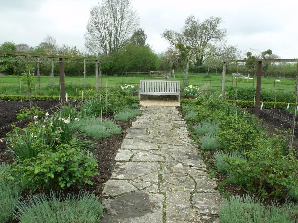 Tintinhull Garden The Kitchen Garden Path A Visit To T Flickr