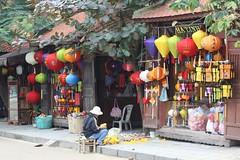 hoy an lantern shop