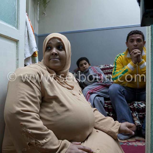 Egypt . Cairo : OUM SALEH family in DARB el AMAR area , islamic Cairo