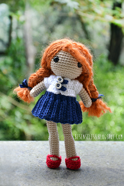 Suki the School Girl (Free Amigurumi Crochet Pattern) - Baby Bean ... | 600x400