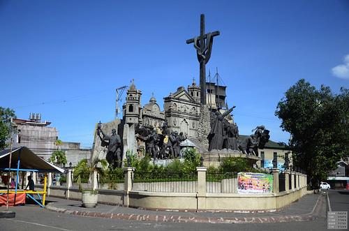Cebu Heritage Monument   by Constantine Agustin