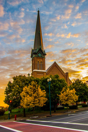 odc pointy church building architecture sky clouds sunrise fall autumn city urban cityscape canons95 steeple streetphotography he