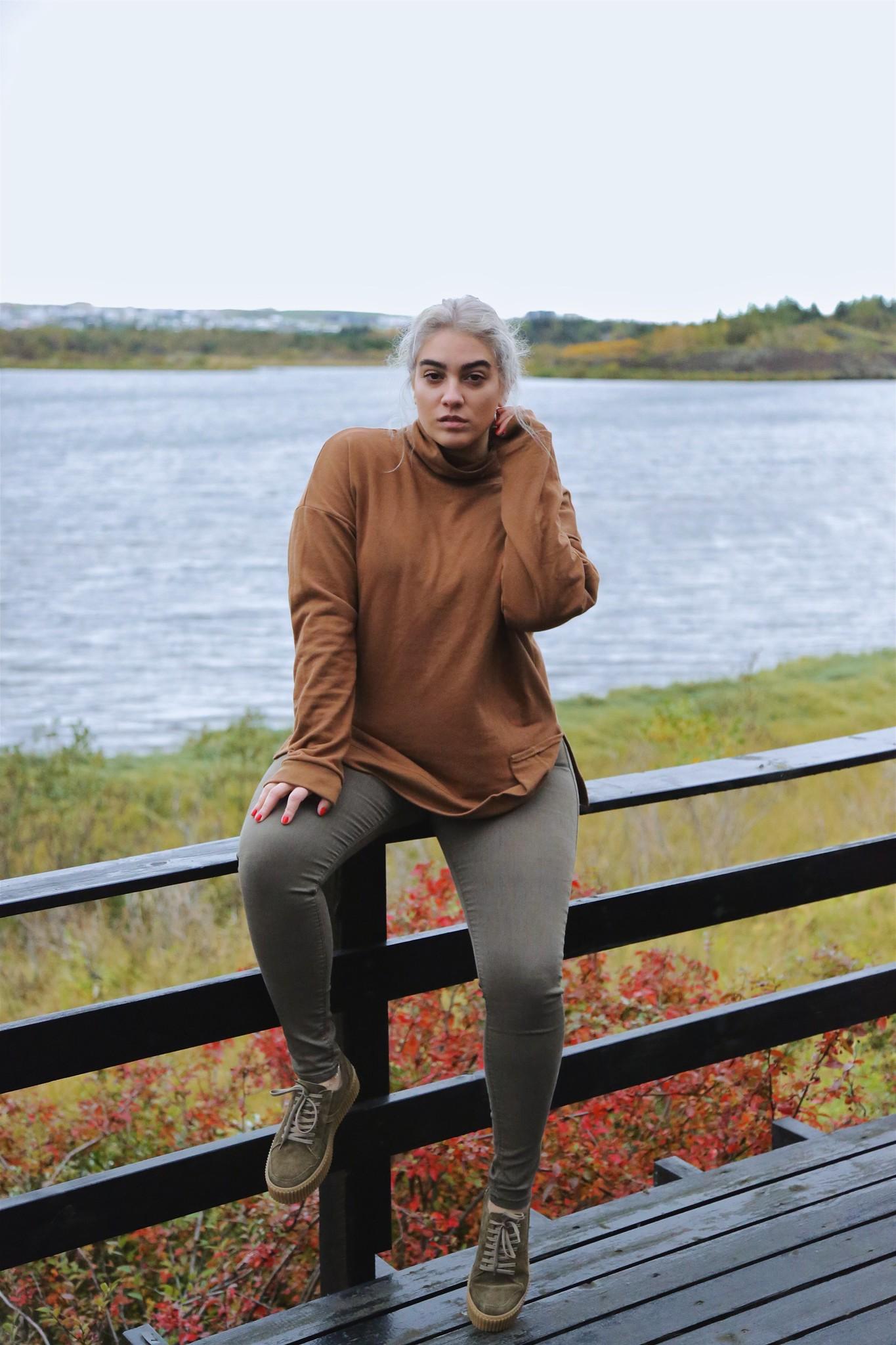 nadia aboulhosn white hair