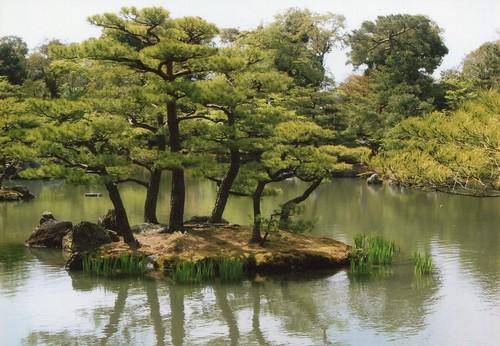 圖06.金閣寺鏡湖池園林造景之美