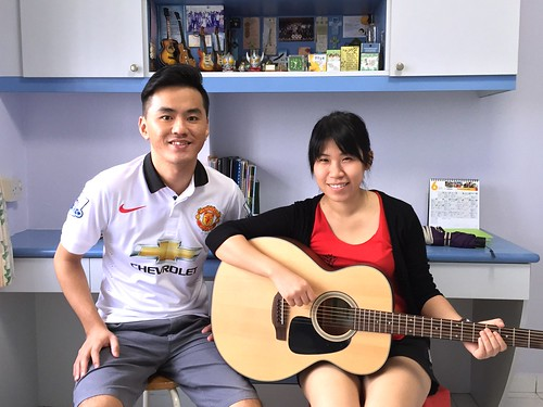 1 to 1 guitar lessons Singapore Grace