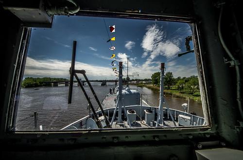 pentax michigan destroyer baycity bathironworks baycitymichigan viewfromthebridge ussedson dd946 pentaxk5 imgp3358 saginawvalleynavalshipmuseum