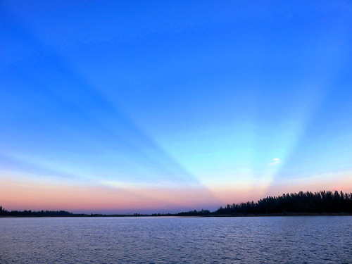 Mirrored Sunrise HDR 20161127