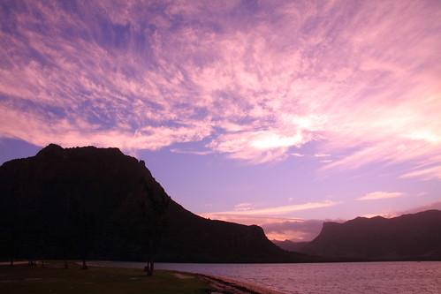 africa blue red sky heritage silhouette sunrise dawn bay indianocean mauritius daybreak lemorne worldheritage moring morne 世界遺産 bluebay skytheme モーリシャス ルモーン