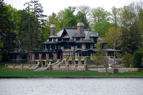 house lake mansion skaneatelesny