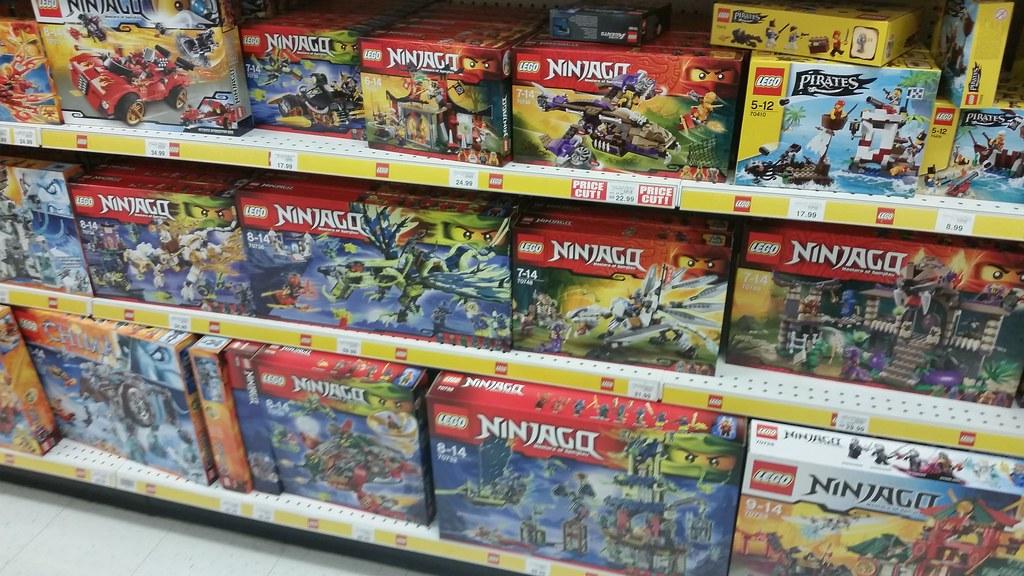 Lego Ninjago Summer 2015 At Toys R Us Uk Michael Jamieson Flickr