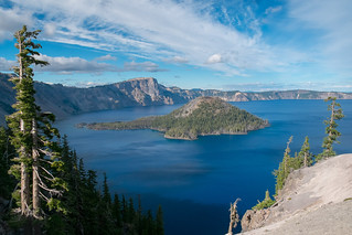 Lake to sky. Crater Lake | by Laura Jacobsen