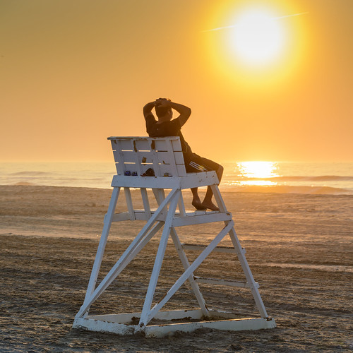 beachsunrise beach sunrise dawn newjersey jerseyshore avalonnj people