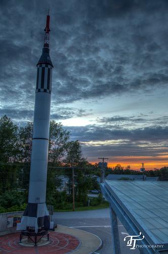 sunset unitedstates newhampshire july rocket concord hdr mercuryredstone 2013 msdc mcauliffesheparddiscoverycenter