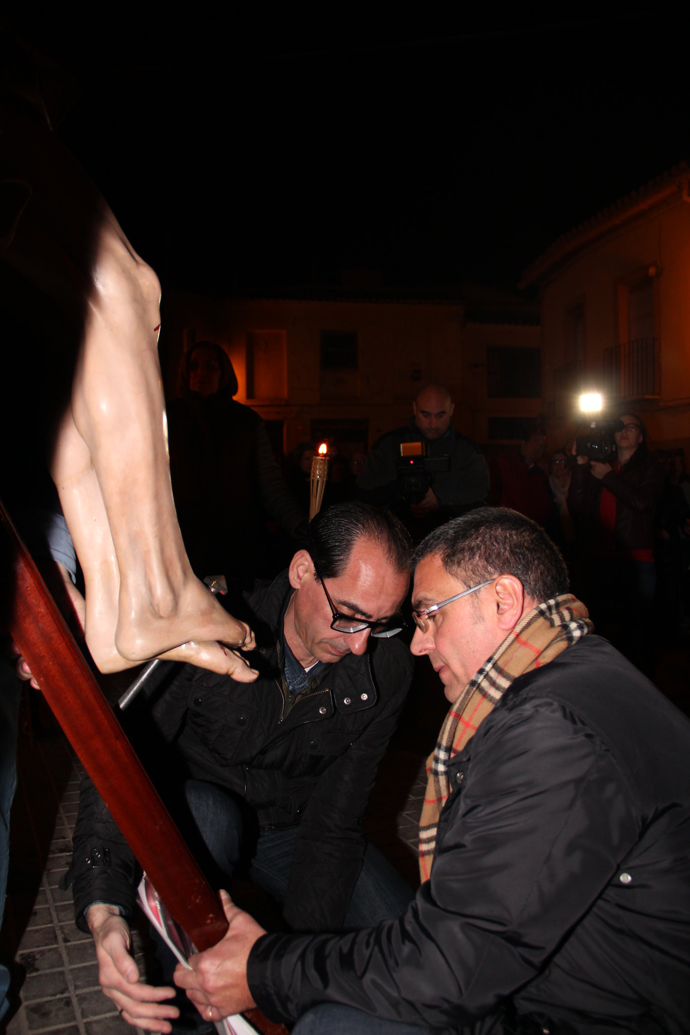 (2016-03-18) - VII Vía Crucis nocturno - Antonio José Verdú Navarro (049)