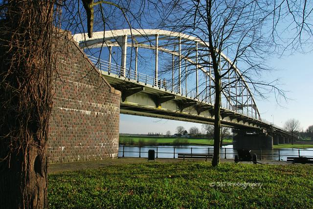 Wilhelminabrug (+1)