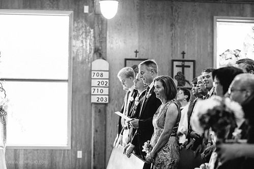 Parissa & Tommy / Cannon Beach Wedding