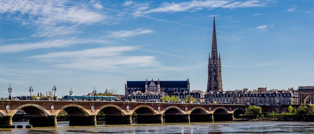 Bordeaux - Pont de pierre et Saint-Michel